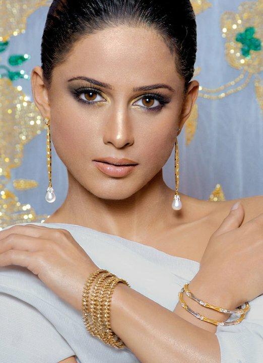 Mehreen Raheel Fashion Model And Actress