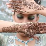 Glitter-hand-Mehndi-designs