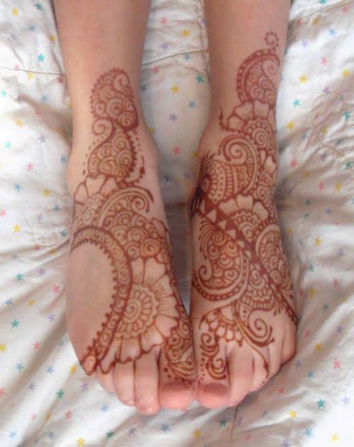 henna mehndi designs for summer eid in Pakistan