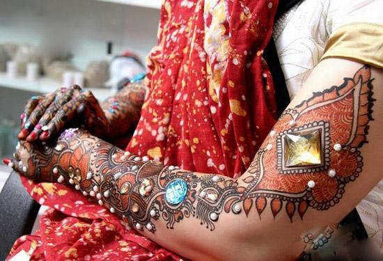 Easy Arabic Hand & Feet Mehndi Henna Designs 2013 For Ladies