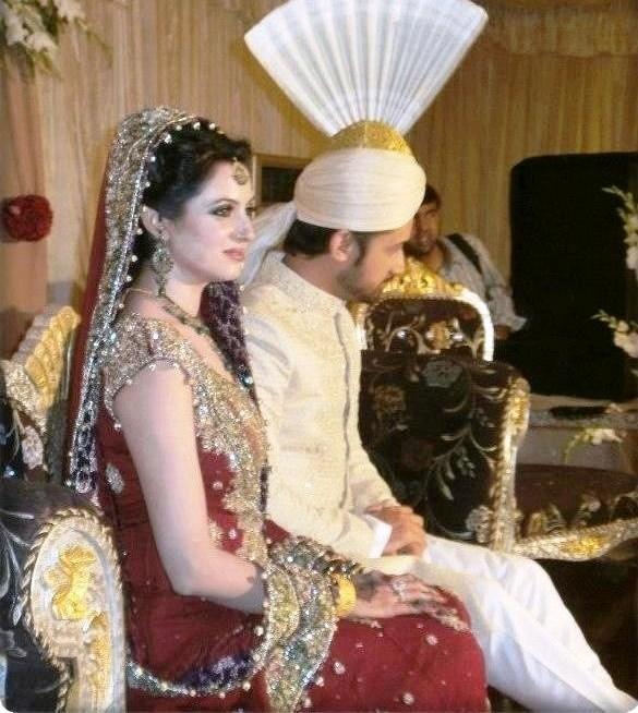 Atif Aslam & Sara Bharwana Barat Pics