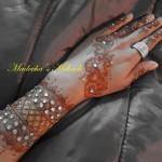 Madeeha's Latest Hand Mehndi Designs 2013 For Eid 00210