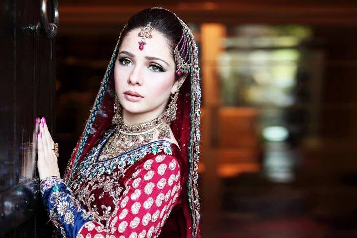 Actress Juggan Kazim Mehndi Barat Wedding walima Pictures 2013 With Feisal Naqvi 01