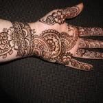 Chand-Raat-Mehndi-Designs-for-Girls