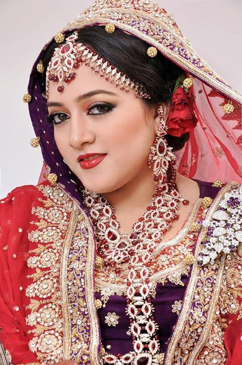 Bridal Makeup Fashion Trend 2013 by Shozia Brides 10