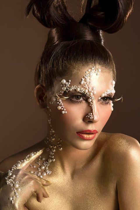 Natasha Salon Latest Beauty Story Published In Hello Pakistan