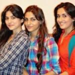 Abdullah Farhatullah / Sanam Baloch with her sisters