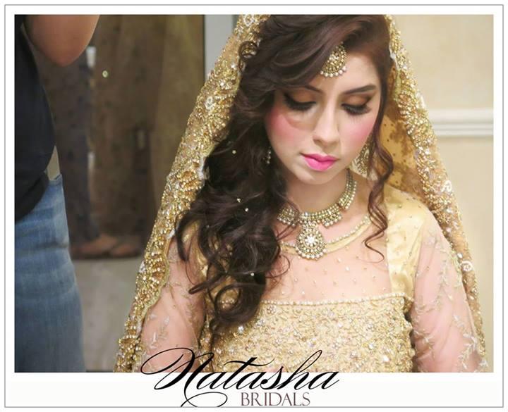 Attractive Pakistani Bridal Makeup Ideas 2014 By Natasha Salon