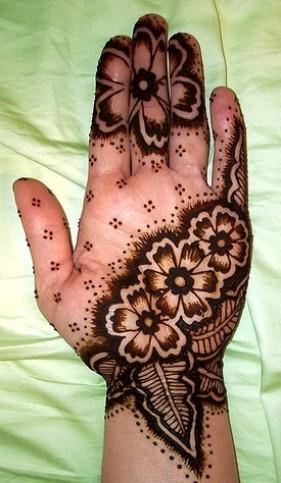 New Eid mehandi cone designs