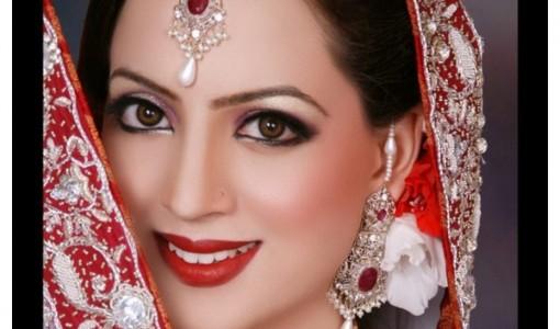Pakistani Best Bridal Jewlery and Makeup Ideas